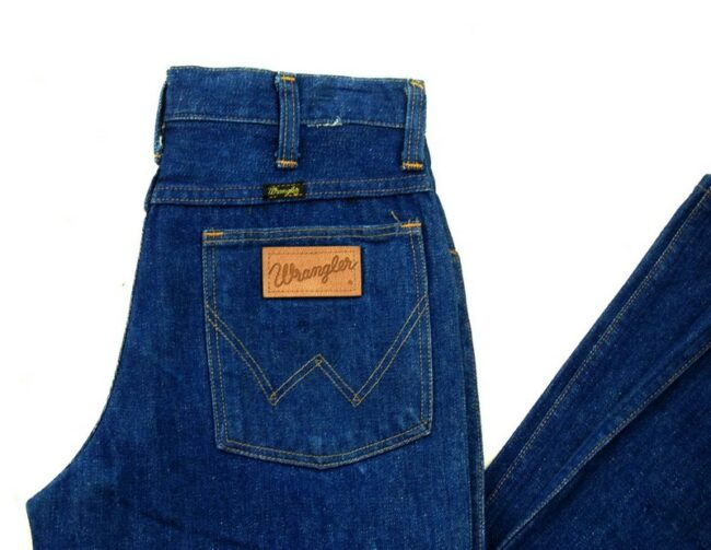 Close up of 70s Deadstock Wrangler Bootcut Jeans 945 Long