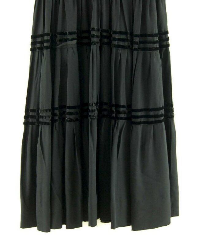 Close up Knee Length Black 50s Dress