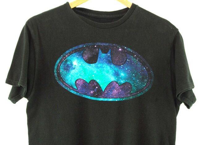 Close up of Batman T Shirt Vintage