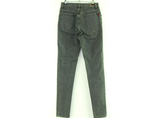 Back of Grey Baggy Jeans High Waist
